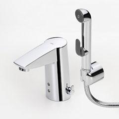 Бесконтактный смеситель для умывальника с гигиеническим душем, 6 V Oras Cubista (2816F). Производитель: Финляндия, Oras